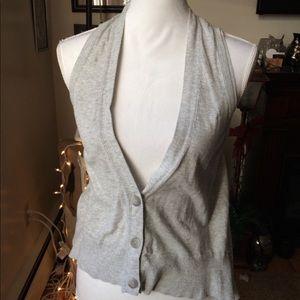 American Eagle grey vest